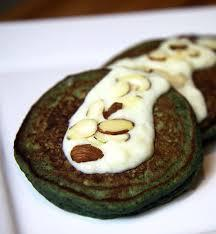 SPINACH PANCAKES IN WHITE SAUCE